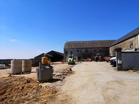Calf barn and young cattle barn - 1st working phase
